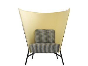 Aura 1L Chair.