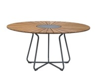 Circle outdoor dining table,  Ø 150 cm. 8-10 seats