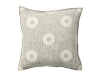 Rings cushion cover, 45 x 45 cm. 100% eco lambs wool.